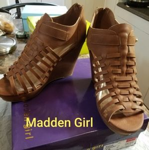 Madden Girl size 10 shoes